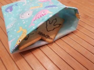 menjar directament dins la bossa